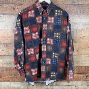 Van Heusen Over Easy M Casual Button Up Shirt EUC